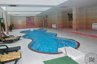 Indoor_Pool_01_7164